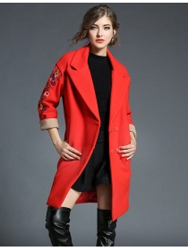 Quality Fashion Flowers Embroidery Tailored Collar Woolen Coat