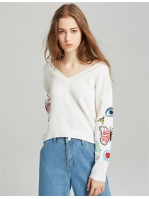 Europe Spring Butterfly Embroidery V-neck Knitting Pullovers