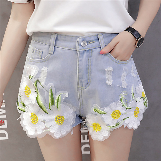 Summer Wholesale Flowers Embroidery Short Jeans