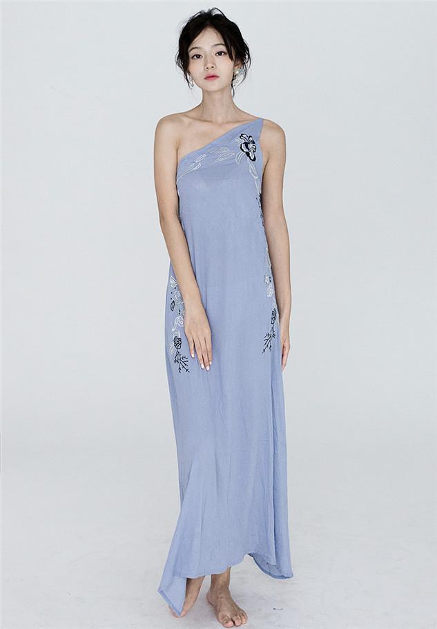 Grace Lady Fashion One Shoulder Embroidery Long Dress