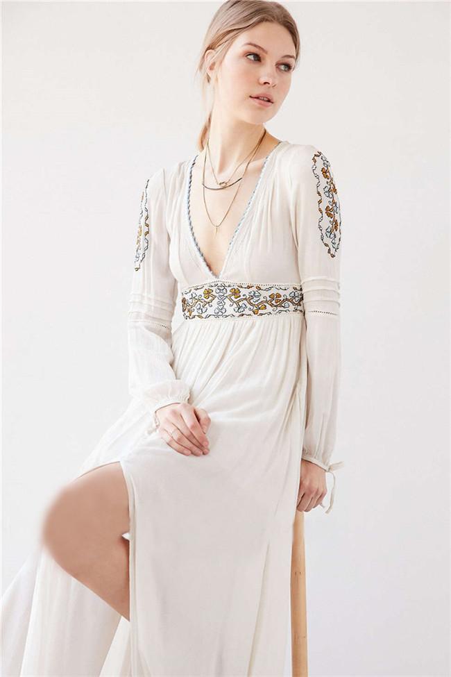 Bohemia Retro Fashion V-neck Flowers Embroidery Long Dress