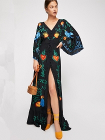 Bohemia Flowers Embroidery Flare Sleeve Loosen Maxi Dress