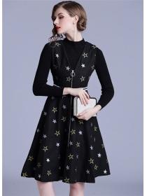 Winter New Knitting T-shirt with Stars Embroidery Zipper Woolen Dress