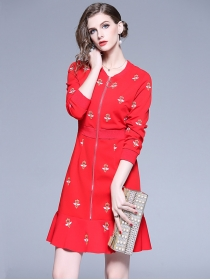 Europe Wholesale 2 Colors Zipper V-neck Embroidery Fishtail Dress