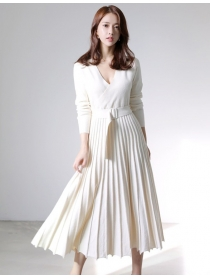 Preppy Fashion 4 Colors V-neck Pleated Knitting Long Dress