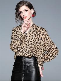 Street Fashion Shirt Leopard Long Sleeve Loosen Blouse