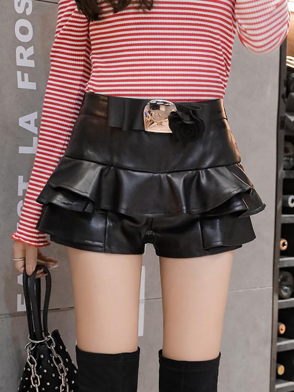 Wholesale Spring Leather Flouncing Short Pantskirt