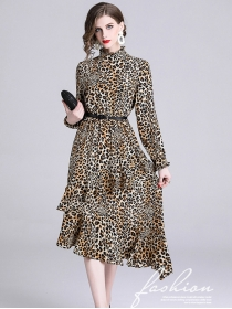 Europe Stylish Stand Collar Leopard Flouncing Dress