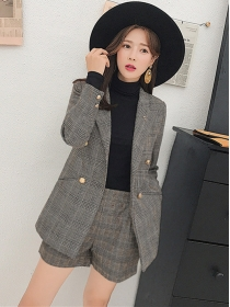 Vogue Lady Tailored Collar Double-breasted Plaids Short Suits