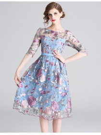 Europe Spring Flowers Embroidery Short Sleeve A-line Dress