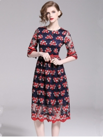Europe Charming High Waist Lace Flowers Flare Sleeve Dress