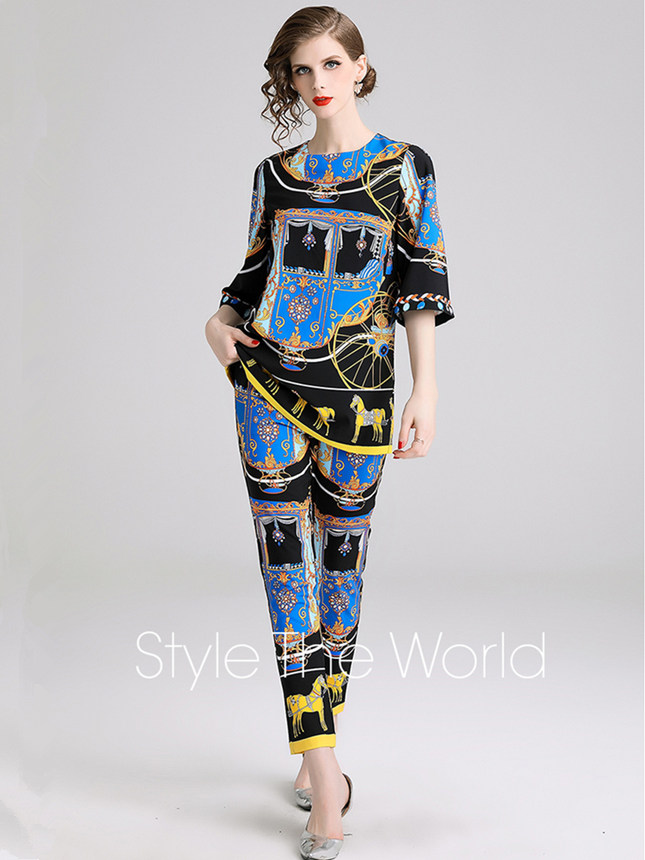Retro Fashion Round Neck Printings Two Pieces Suits
