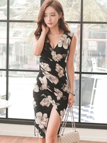 Wholesale Sexy V-neck Flowers Pleated Skinny Tank Dress
