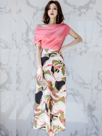 Charming Korea Boat Neck Blouse with High Waist Flowers Long Skirt