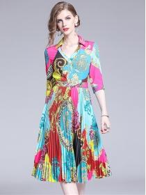 Charming Europe V-neck Pleated Flowers Short Sleeve Dress