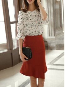Fashion Lady Dots Loosen Blouse with Fishtail Midi Skirt