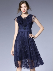 Europe New Flouncing Tie V-neck Flowers Embroidery Fluffy Dress