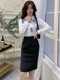 Korea Stylish Flowers Long Sleeve Blouse with Slim Skirt