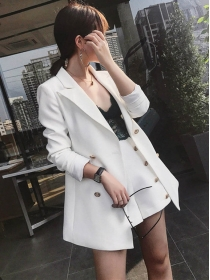 Hot Selling 3 Colors Tailored Collar Double-breasted Short Suits