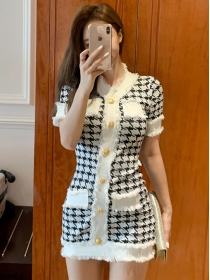 Grace Fashion Single-breasted Houndstooth Knitting Dress