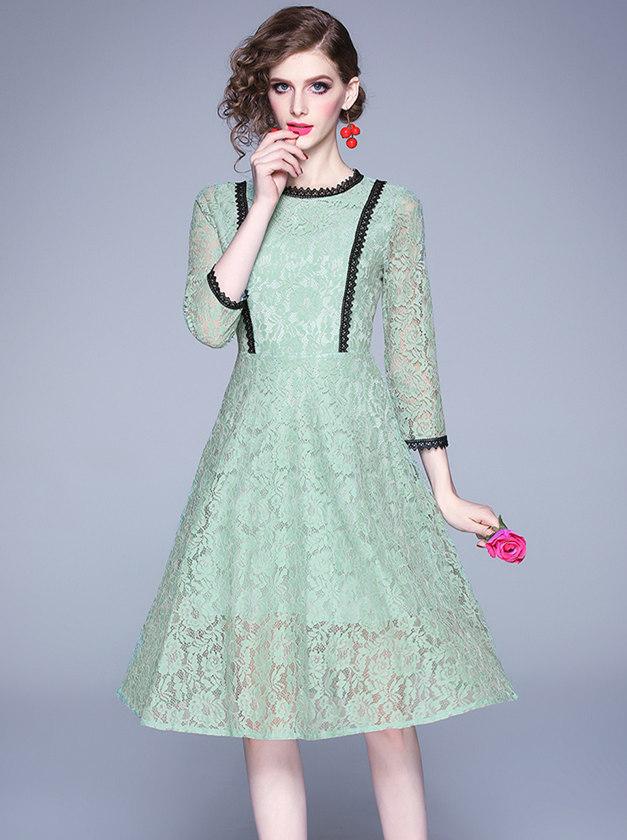 Grace Fashion Round Neck Lace Flowers A-line Dress