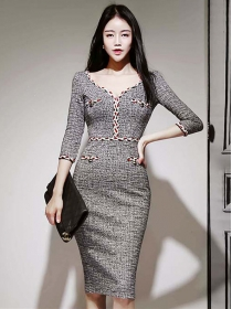 Autumn New Twisted V-neck Slim Long Sleeve Dress