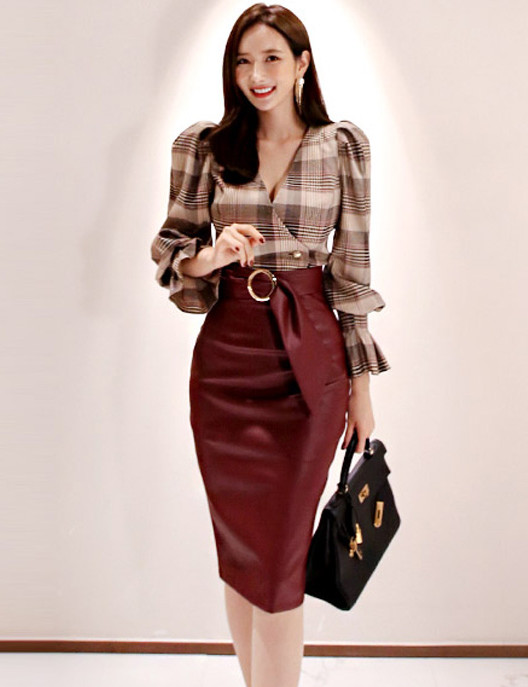 Grace Lady 2 Colors Plaids Puff Sleeve Blouse with Slim Leather Skirt