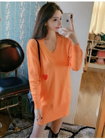 Wholesale Autumn 2 Colors V-neck Heart Loosen Sweater Dress