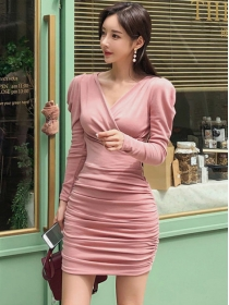 Fashion Autumn V-neck Pleated Skinny Long Sleeve Dress