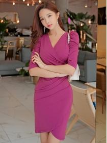 Wholesale Fashion V-neck Pleated Skinny Dress