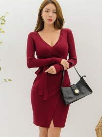 Korea Stylish Tie Waist V-neck Slim Knitting Dress