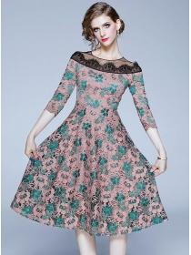 Pretty Europe High Waist Round Neck Lace A-line Dress