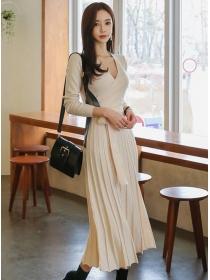 Fashion Lady Tie Waist V-neck Pleated Knitting Long Dress