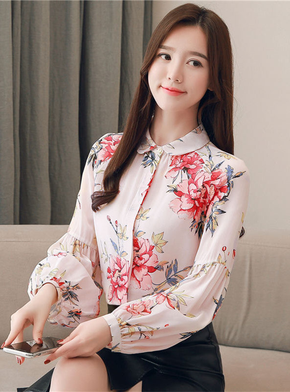 Pretty Lady Doll Collar Flowers Puff Sleeve Blouse