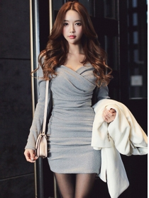 Spring New Arrive Pleated V-neck Long Sleeve Dress