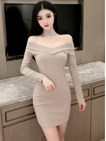 Sexy Wholesale 2 Colors Boat Neck Slim Knitting Dress