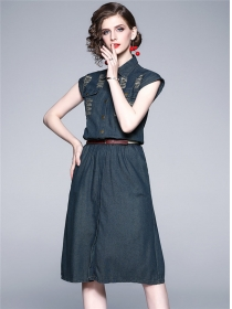Europe Wholesale Broke Holes Elastic Waist Denim Dress