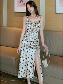 Hot Selling Moon Printings Split Straps Velvet Dress