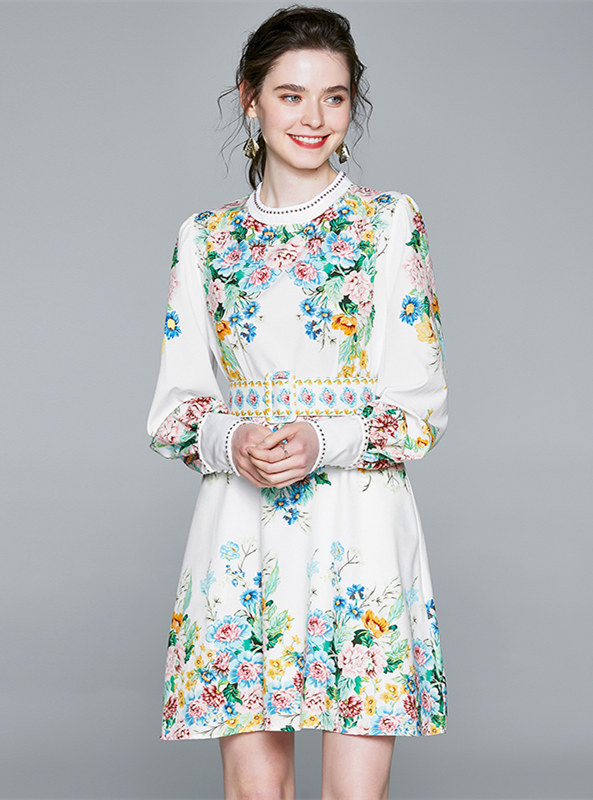 Charming Europe Round Neck Flowers Puff Sleeve Dress