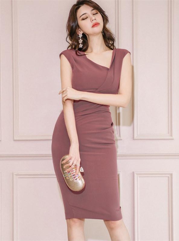 Fashion Lady Sloping V-neck Pleated Slim Tank Dress