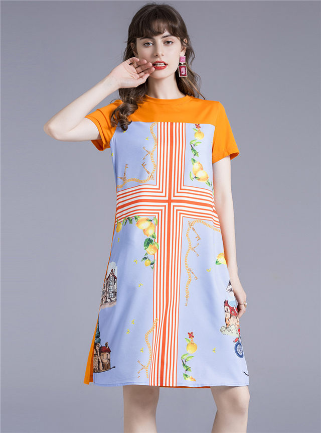 Wholesale Europe Round Neck Flowers Loosen A-line Dress