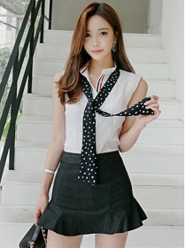 Summer Fashion V-neck Tank Blouse with Fishtail Short Skirt