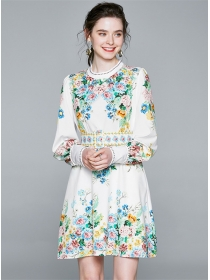 Charming Europe Round Neck Flowers Puff Sleeve Dress