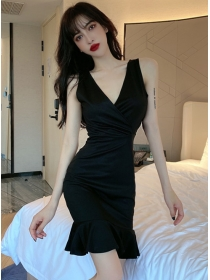 Wholesale Summer 2 Colors V-neck Fishtail Tank Dress