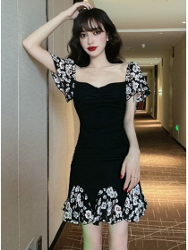 Korea Stylish Square Collar Flowers Fishtail Slim Dress