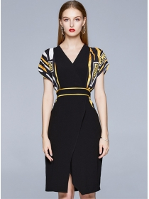Summer New V-neck Stripes Batwing Bodycon Dress