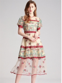 Europe Stylish Flowers Embroidery High Waist Long Dress