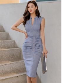 Modern Lady Single-breasted Pleated V-neck Skinny Dress