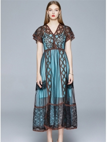 Europe Stylish Lace Flowers V-neck Maxi Dress