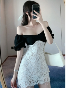 Pretty Sexy Boat Neck Splicing Lace Slim Dress
